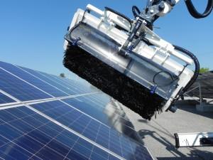 Pulizia dei pannelli solari con Solar Clean